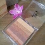 La poudre de teint «soleil de beauté» Peggy Sage