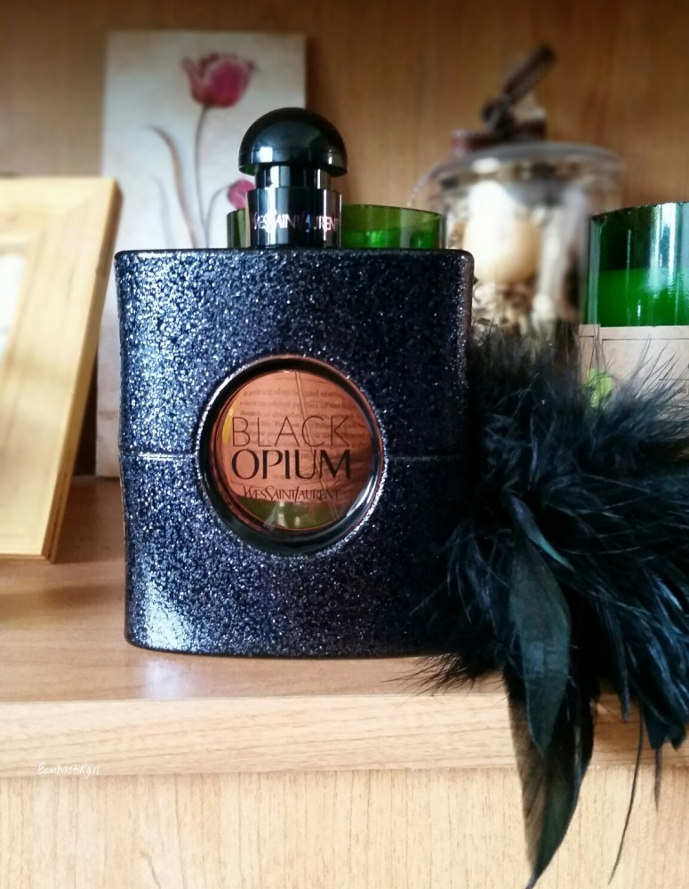 Le très rock Black Opium d'Yves Saint Laurent