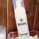 La douce mousse d'eau nettoyante Sanoflore