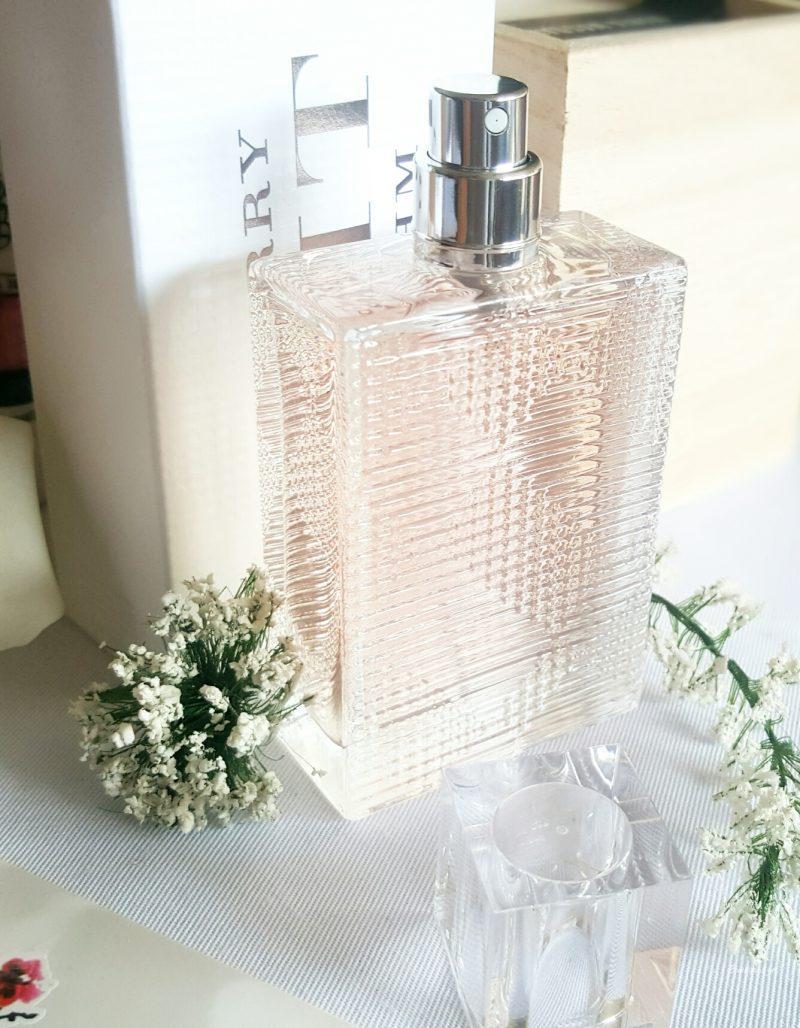 Brit Rhythm de Burberry, le plus poudré des parfums féminins