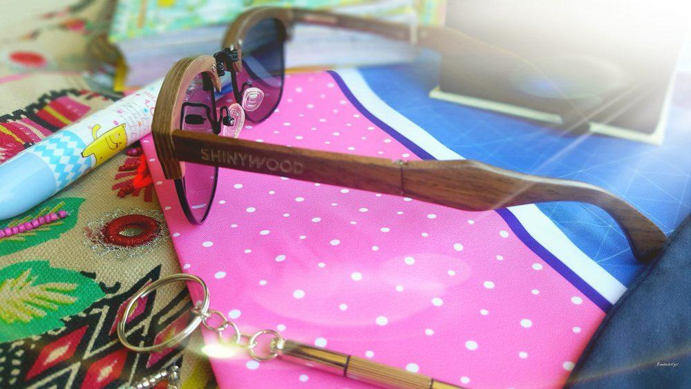Des lunettes en bois, confort et gain de place : Shinywood