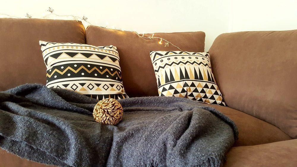 une ambiance chaleureuse et tendance avec enjoy home. Black Bedroom Furniture Sets. Home Design Ideas