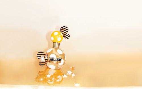 CONCOURS avec Cosma-parfumeries : remportez HONEY de Marc Jacobs