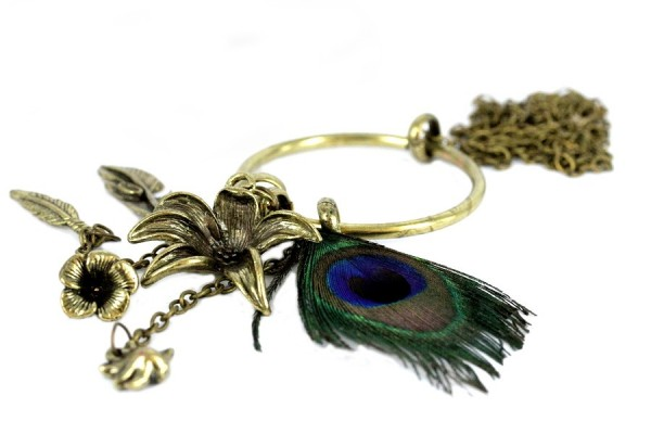 Collier plume-paon