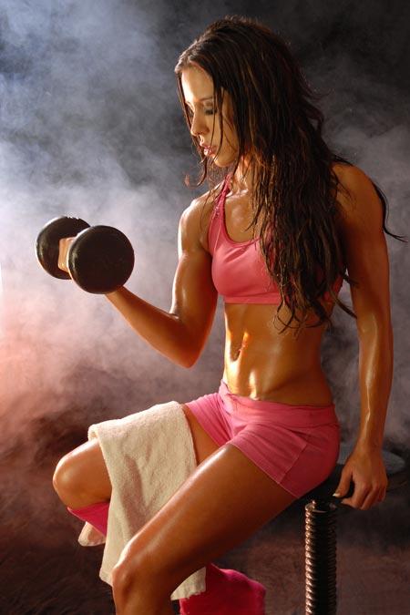 Pourquoi je me suis mise à pratiquer la musculation en salle et comment je progresse ?