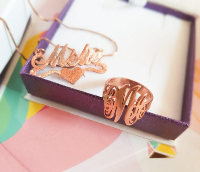 Je teste les bijoux personnalisés Onecklace