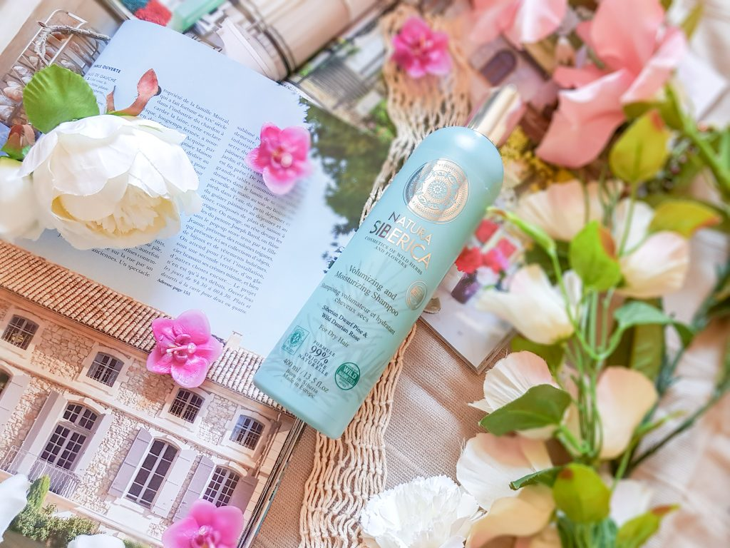 shampoing volumateur et hydratant cheveux secs Natura Siberica