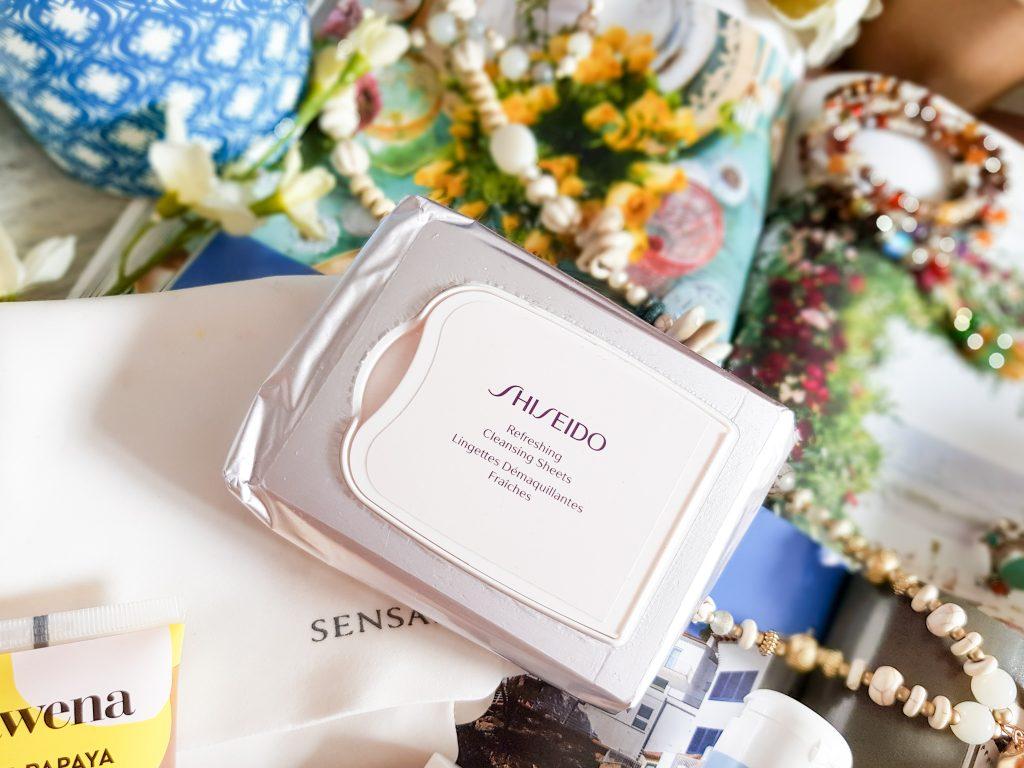 lingettes démaquillantes fraîches Shiseido