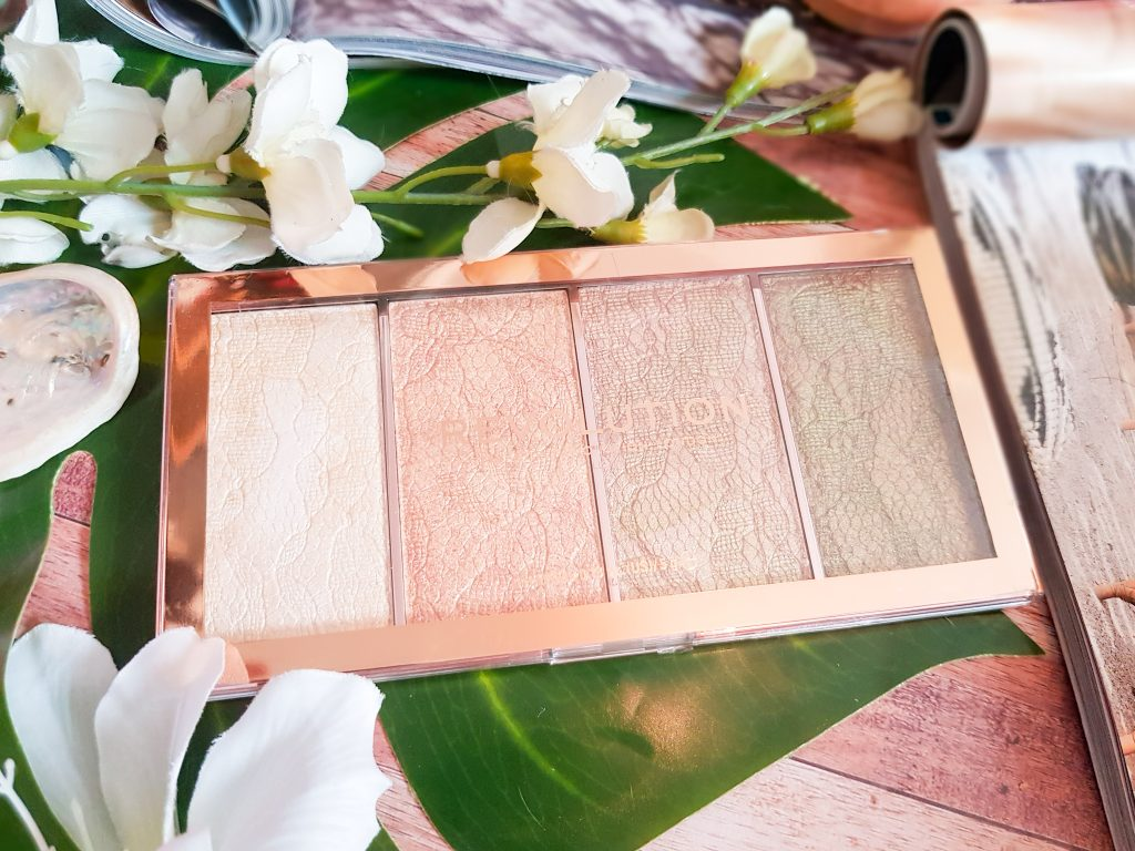 palette highlighters Vintage Lace Makeup Revolution