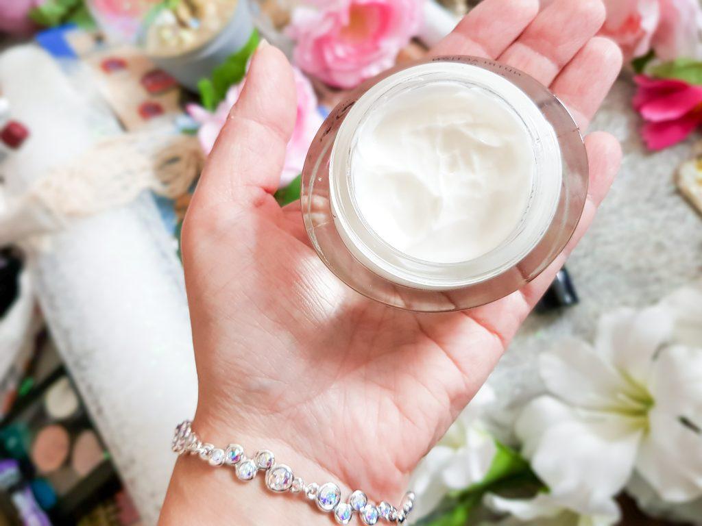 crème jojoba nutrition fine Ella Baché