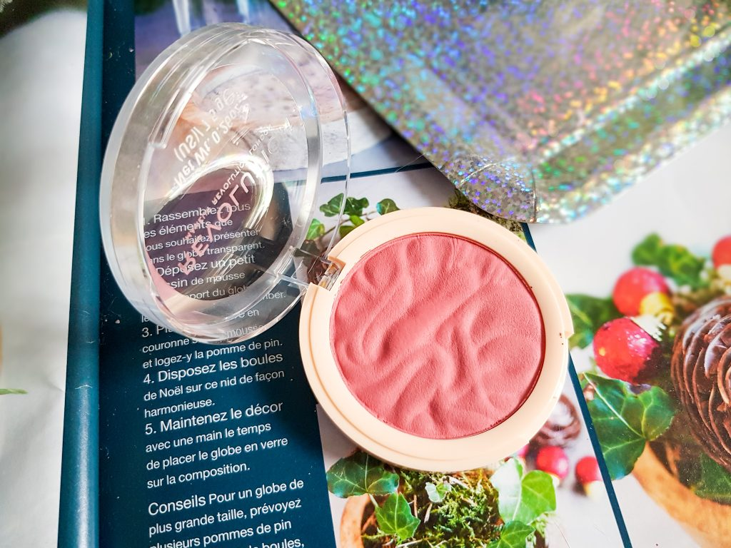 blush rose Makeup Revolution