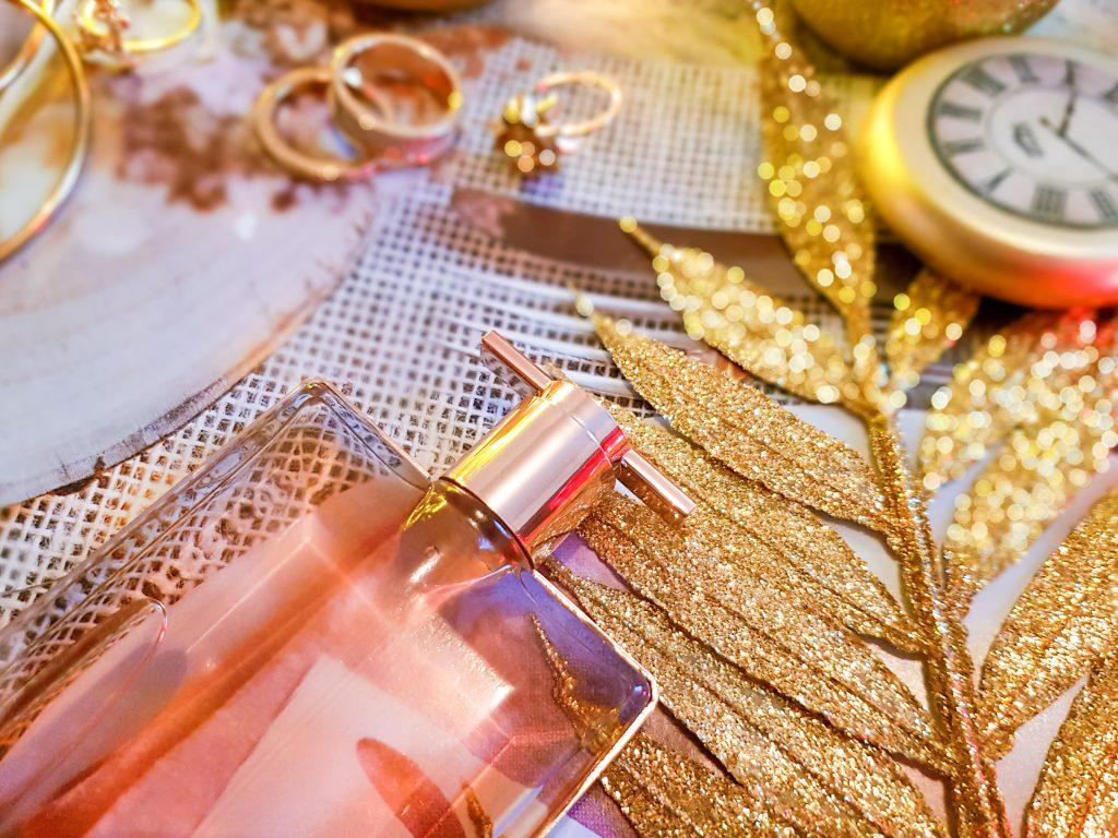 parfum frais et floral pour femme