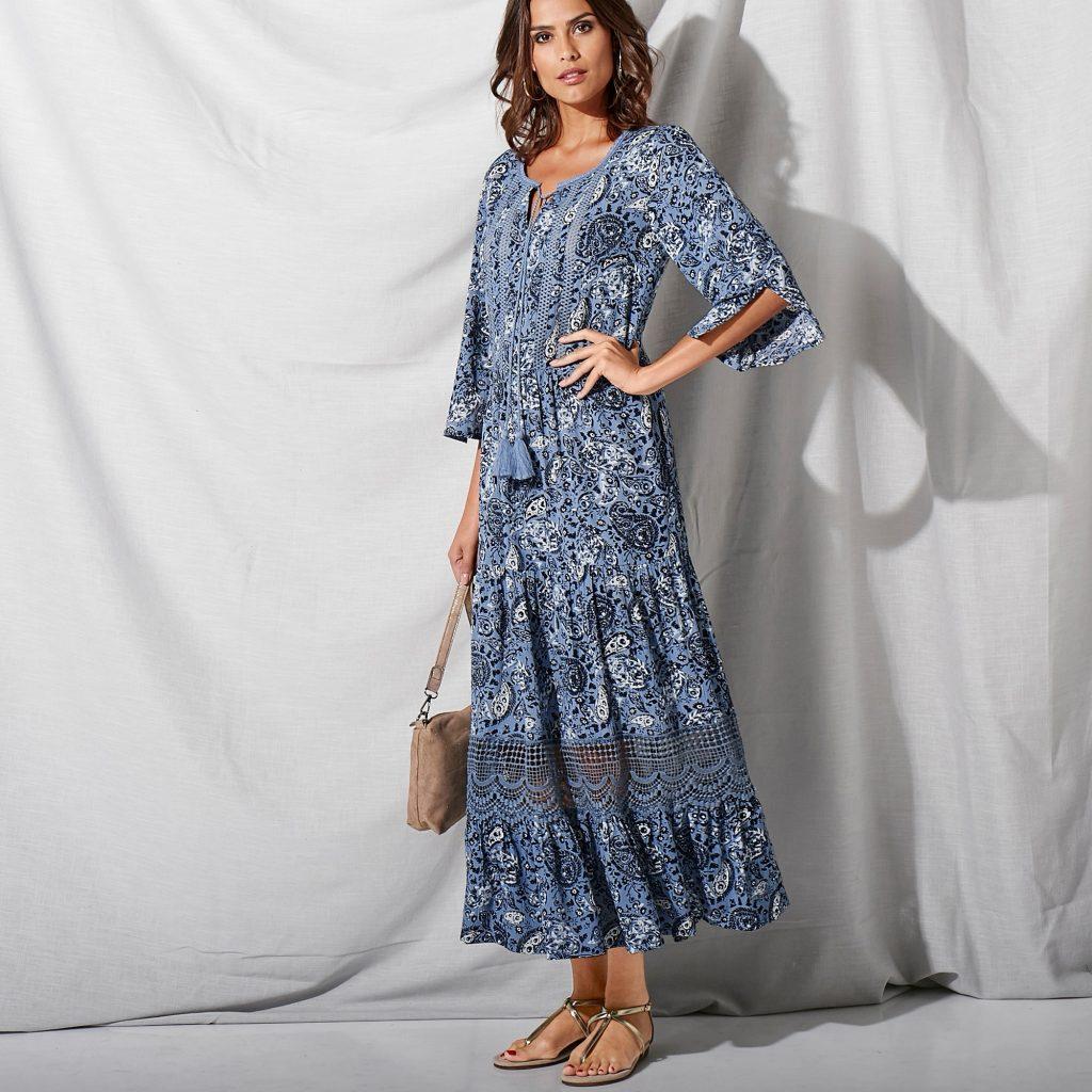 robes longues tendance été : robe longue imprimée détails en macramé Blancheporte
