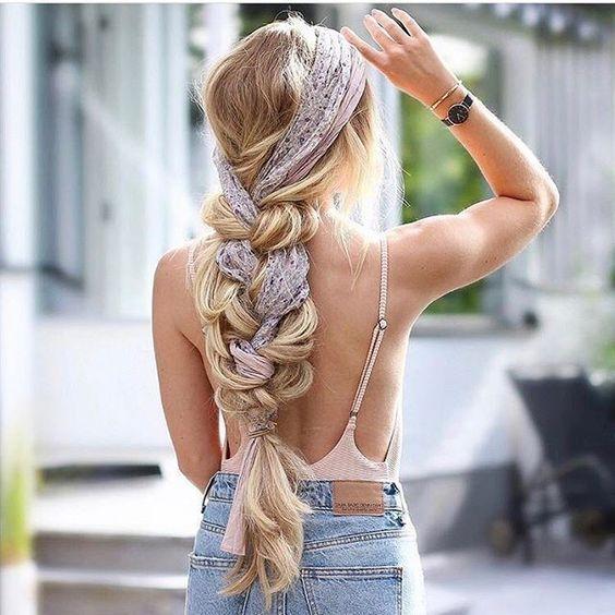 coiffures tendance pour l'été avec une tresse