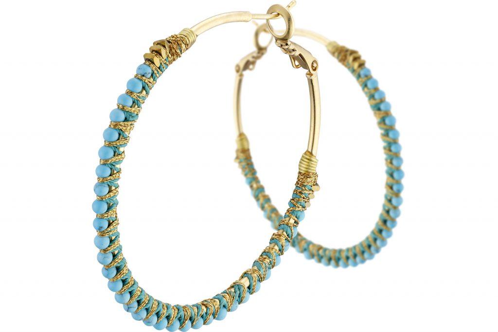 sélection bijoux parfaits pour l'été : créoles turquoise Satellite Paris