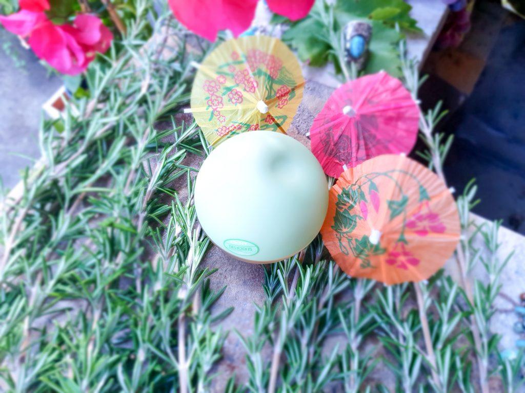 3 parfums originaux pour l'été : parfum à la pistache DKNY