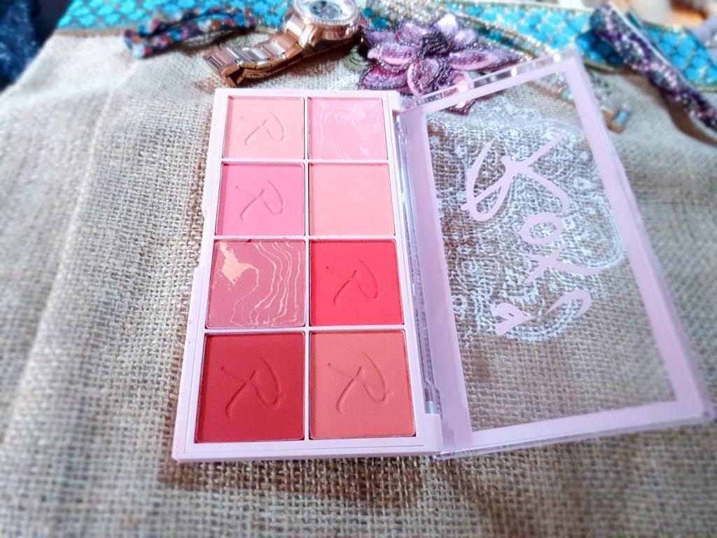 palette blush Makeup Revolution