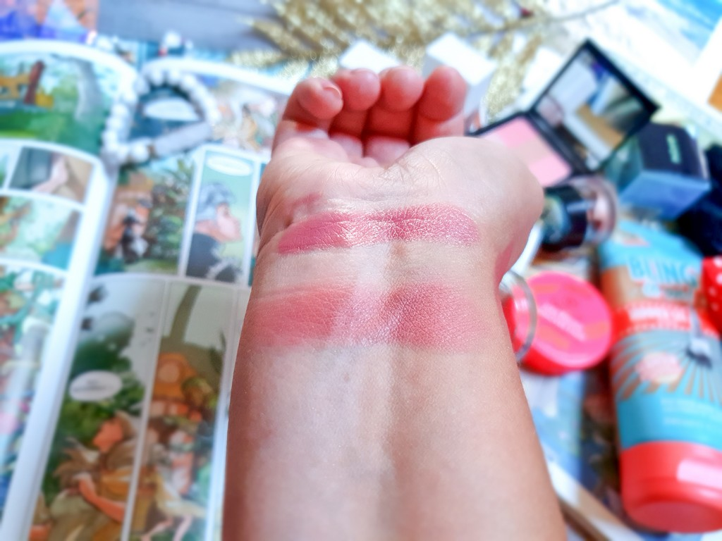 swatch blush Clinique Black Honey Pop
