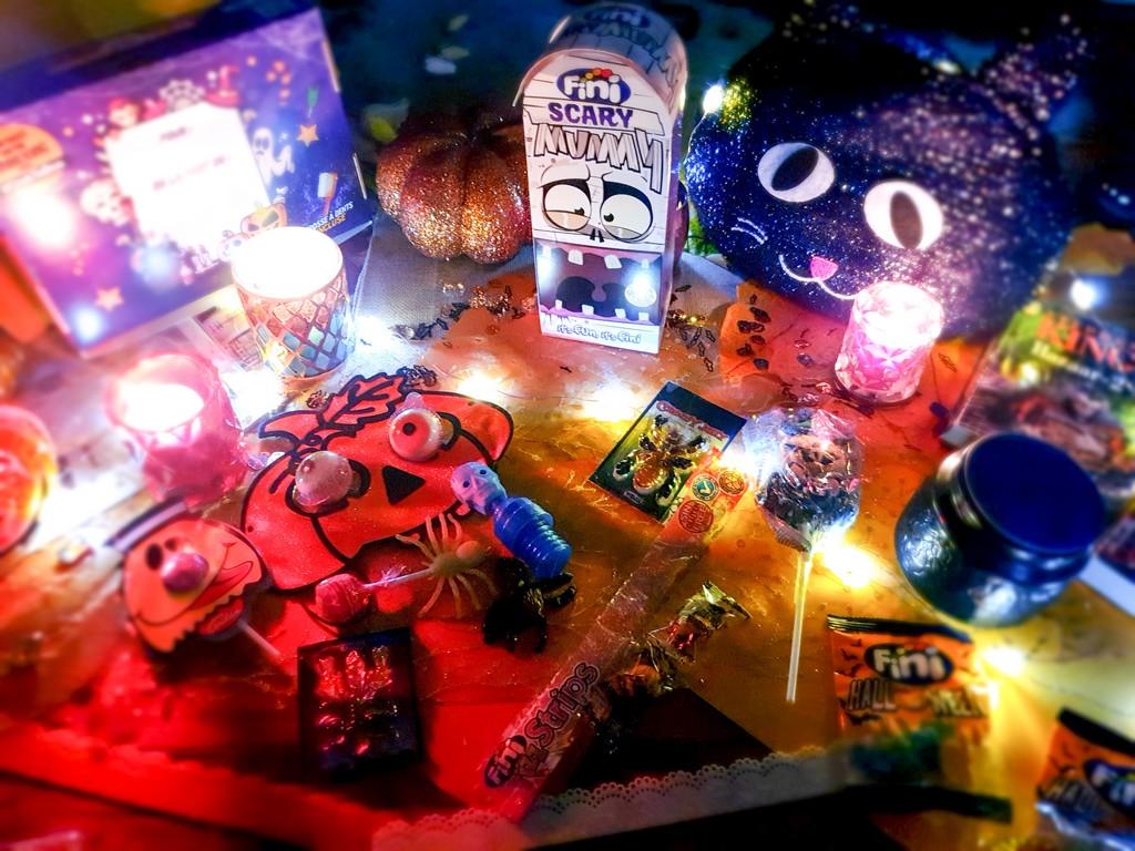 Crok'Ta Box octobre 2020 par Génération Souvenirs, bonbons d'Halloween