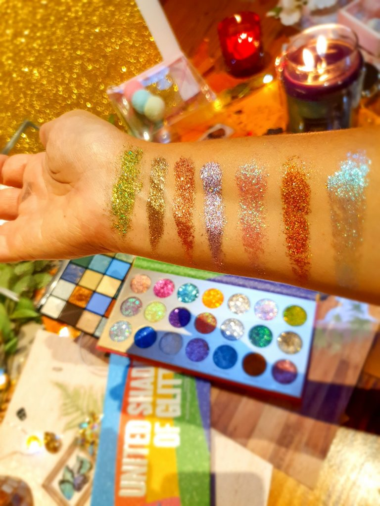swatches palette United Shades of Glitter Rude Cosmetics