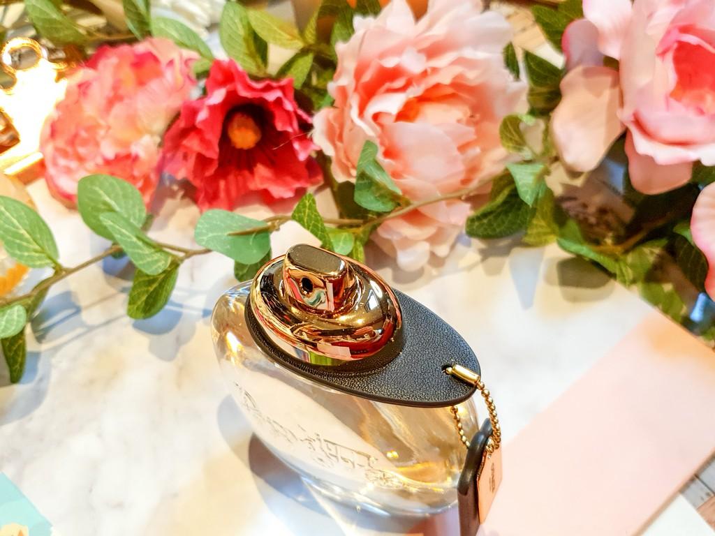 parfum floral pour femme
