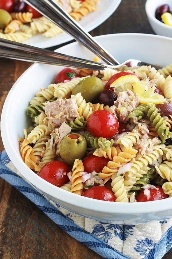 Recettes de salades de pâtes très faciles : salade de pâtes au thon