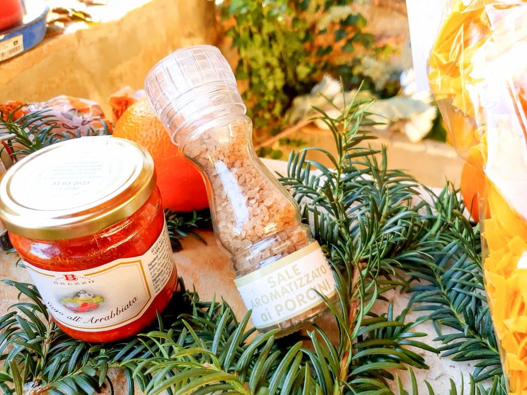 sélection produits d'épicerie fine chez Saveurs de Tosca : sel aromatisé aux cèpes