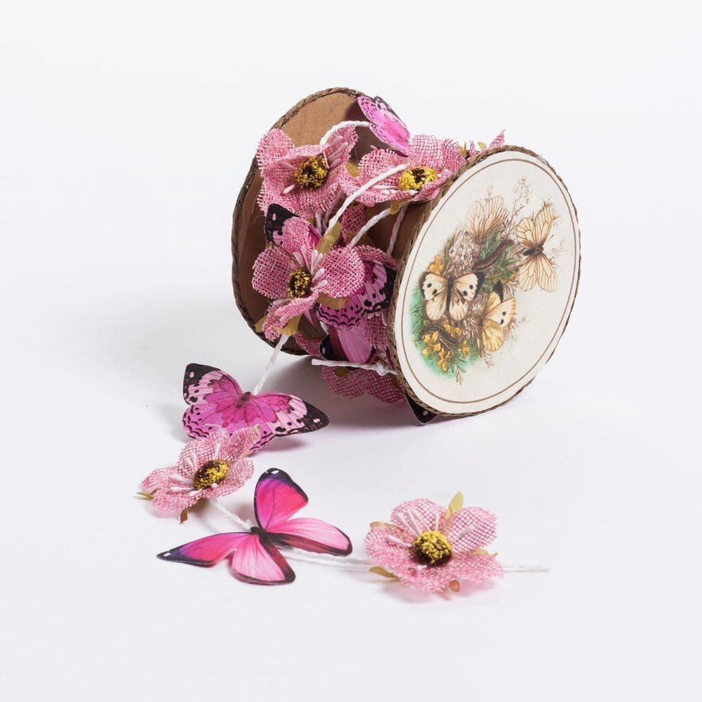 guirlande papillons et fleurs roses