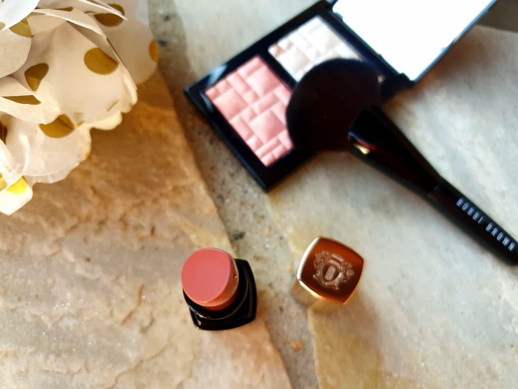 rouges à lèvres rose neutre