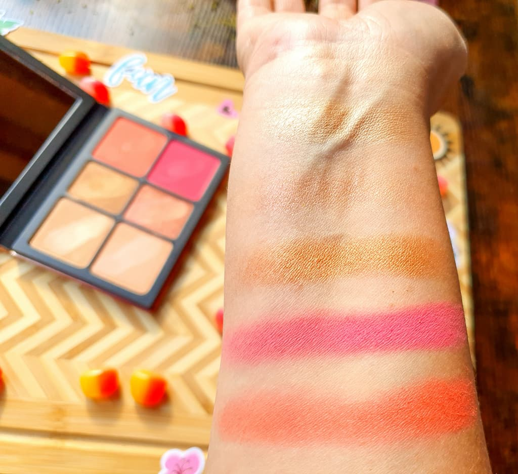 swatches palette Cali Kissed Smashbox
