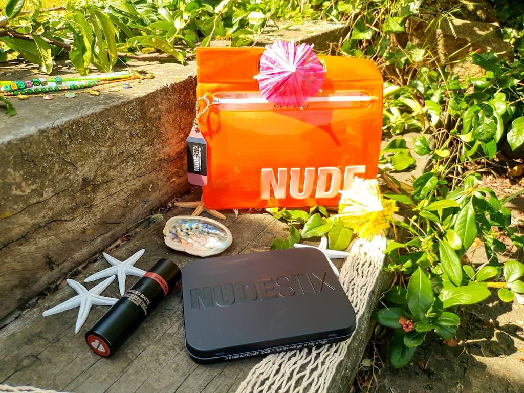 produits de maquillage pratique Nudestix