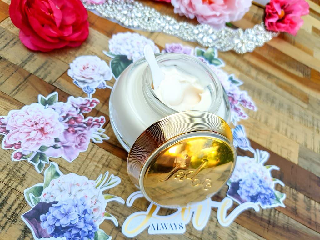 soin luxe, la crème sublimatrice pour le corps J'Adore Dior